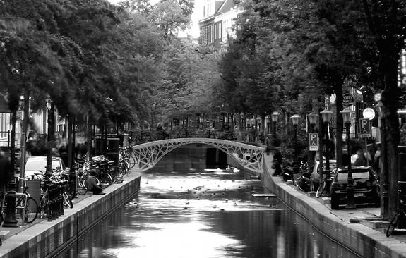canal-bridge